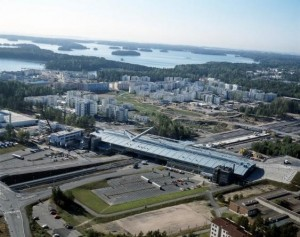 Picture 2. During the second step of urbanization, Vuosaari became a living urban centre with 37000 inhabitants. (Photo: Scan-foto 1997, Helsinki City Museum.)